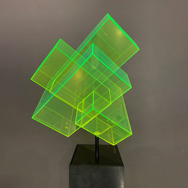 Skulptur-grün-sockel-IMG_0411