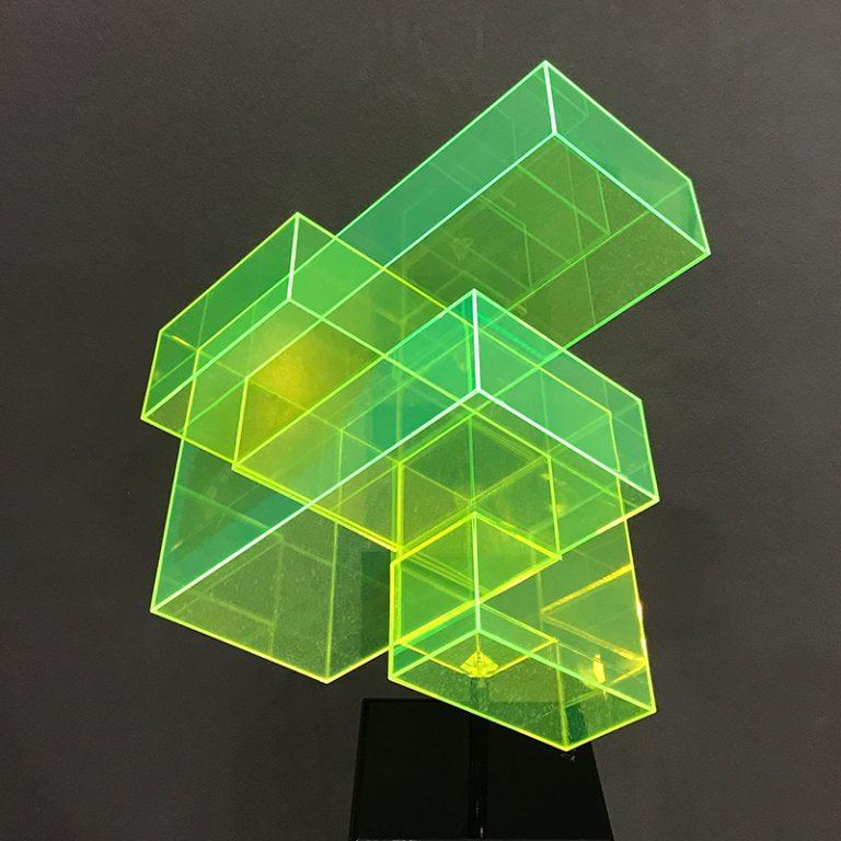 Skulptur-neon-grün-800x800-IMG_1045