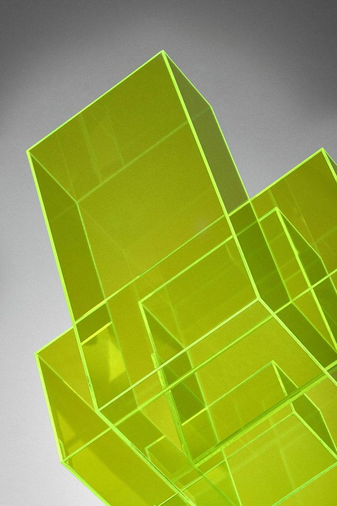 Skulptur neon gelb Ralph Kerstner-close