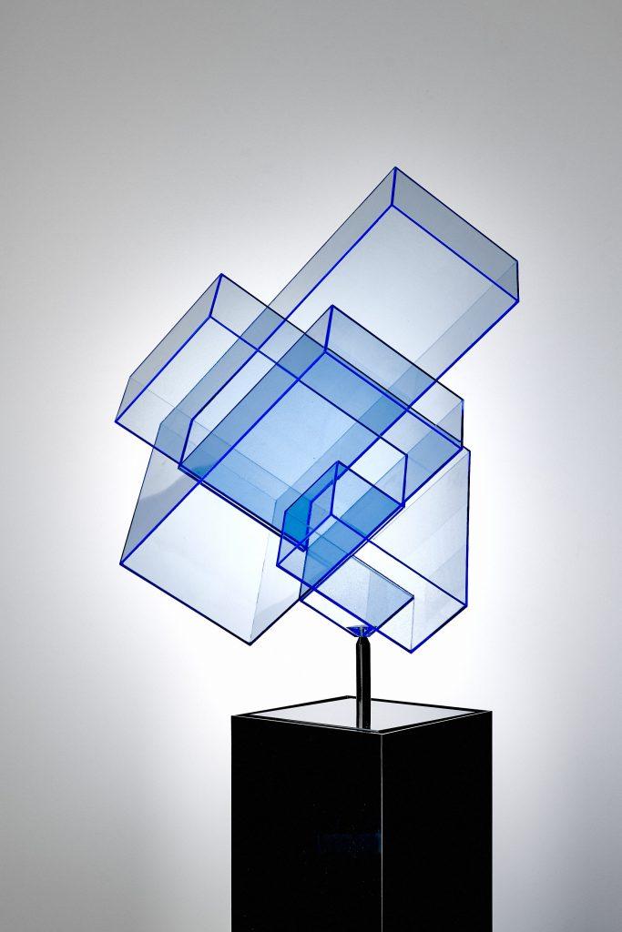 Skulptur neon blau Ralph Kerstner