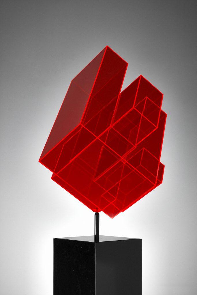 Skulptur neon rot Ralph Kerstner